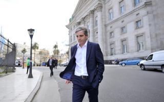 """Caputo se va del Banco Central por """"motivos personales""""."""
