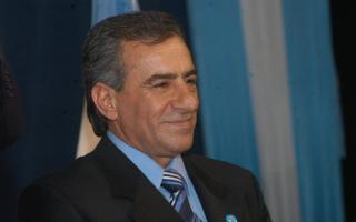 Cariglino disparó contra el Gobernador Scioli.