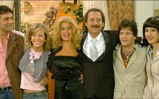 De Bellis confirmó en el programa de UnifeTv que conduce Luciana Lopilato la presencia de todo el elenco en la versión teatral.