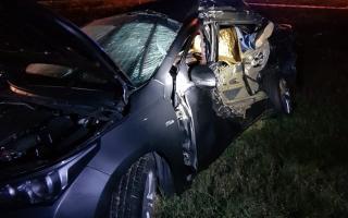 Así quedó el auto que manejaba el chofer de Urtubey. Foto: La Noticia 1.