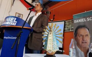 """Scioli de campaña en Luján: A Cambiemos """"no hay que subestimarlo"""" (Foto: LujanHoy.com.ar)"""