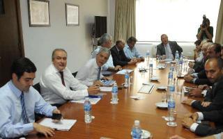 De Vido se reunió junto a 17 intendentes. Foto: Télam.