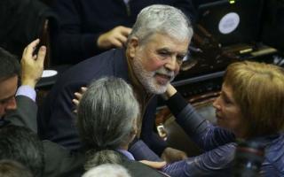 De Vido recibió apoyo y no fue expulsado del Congreso.