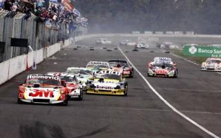 """El TC calienta motores para la """"Carrera de los Millones"""" en el óvalo de Rafaela. Foto: Prensa"""