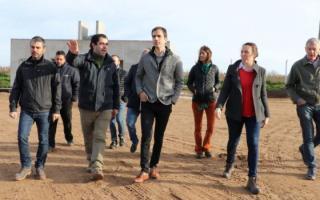 Petrecca recorrió la planta de reciclado que se construye en el predio municipal. Foto: Prensa
