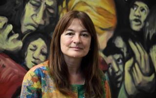 Estela Díaz es la Ministra de las Mujeres, Políticas de Género y Diversidad Sexual