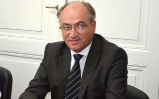 Diputado Rubén Grenada.