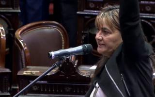 Volvió al Congreso la trabajadora ferroviaria Mónica Schlotthauer