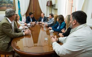 Diputados e intendentes que participaron del acto. Fotos: Diputados PBA
