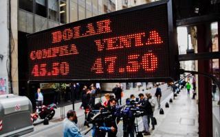 El dólar ya superó los $47.