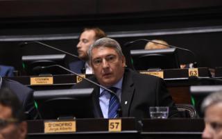 """D'Onofrio disparó contra Vidal por los """"aportes truchos""""."""