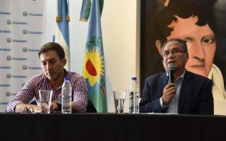 Descalzó presentó el plan de obras 2018 para jardines y escuelas de Ituzaingó