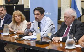 Trotta con Ginés González García.