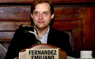 Emiliano Fernández, apoyado por Roy Cortina, fue electo secretario general
