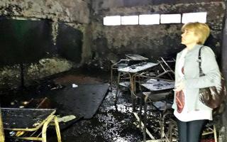 Incendio intencional en escuela de Berazategui (Fotos: Twitter)