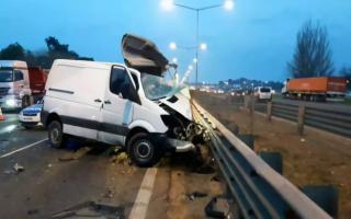 Así terminó la camioneta del conductor fallecido.