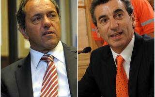 Scioli y Randazzo buscan postularse para suceder a Cristina Fernández en 2015.