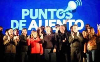 Alentaron a la Selección de Fútbol y sellaron la unidad electoral.