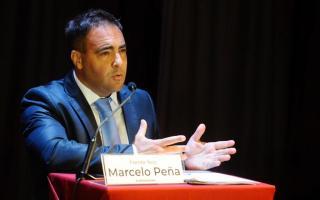 Marcelo Peña representa al Frente Nos como candidato a Intendente de La Plata.