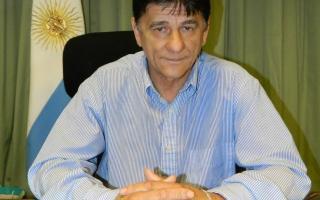 Carlos Gasparini otorgará un bono de 5000 pesos para empleados municipales