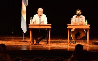 """""""En Chascomús no existió ni existirá un Vacunatorio VIP"""", dijo el intendente Gastón"""