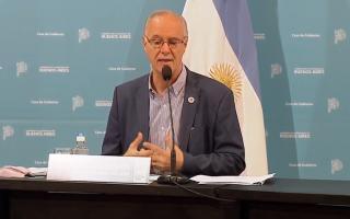 Daniel Gollán en conferencia de prensa