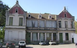 Hospital Vicente López y Planes.