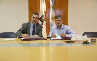 Conocchiari y Zabaleta firmaron un convenio para provisión de medicamentos genéricos.