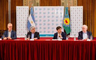 Coronavirus: Kicillof firmó convenio para sumar 330 camas en el Sanatorio Antártida