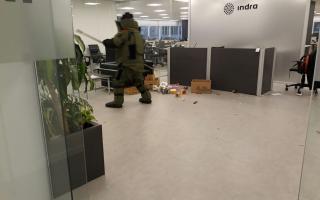 La explosión en Indra dejó dos heridos.