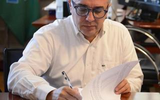 Zamora copió a su par de La MAtanza y firmó un bono de finde año de 7500 pesos. Foto: Noticias de la Zona Norte