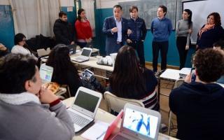 Durante el receso de invierno, se continúa gestionando la instalación, integración y puesta en marcha de la red local de 500 escuelas más