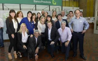 Curuchet junto al equipo del Banco Provincia de Baradero. Foto: Prensa