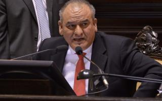 El legislador del FAP apuntó contra el Gobernador.