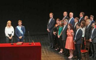 """Axel Kicillof les tomó juramento a sus ministros: """"Quiero un gabinete militante"""""""