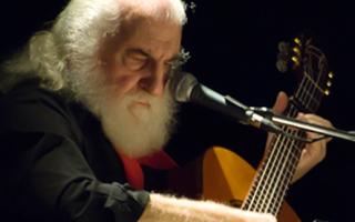 Huanguelén homenajeá a su vecino más distinguido, José Larralde, cantautor y poeta de música campera.