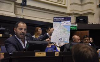 Bonelli rechazó el desembarco de Farmacity en la Provincia. Fotoso: Prensa