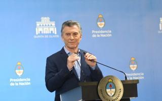 """Para Macri fue """"superada la turbulencia"""" del dólar y reconoció meta """"demasiado"""" optimista de inflación"""