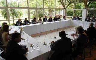 Los mandatarios provinciales y el presidente compartieron un almuerzo.