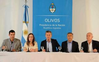 Vidal, Lifschitz, Cornejo y Urtubey acompañaron a Macri en la rueda de prensa.