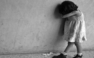 Menores víctimas del maltrato.