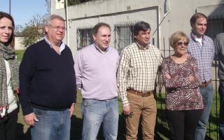 Marianela López,Abuel Buil, Omar Foglia, Sergio Buil y referentes locales del GEN. Foto: El Regional Digital.