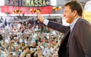 Cuenta regresiva para el acto de Massa en Vélez.