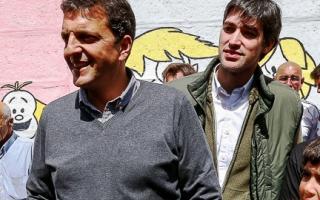 Antes de responder a Carta Abierta, Massa estuvo en Azul, tierra del exlilito y candidato del Frente Renovador Adrián Pérez.
