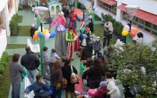 La Casa de Ronald McDonald reinaguró el patio del área Hospital de Día y Oncología del Garrahan