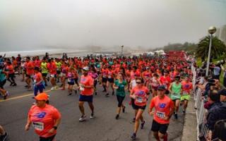 Mar del Plata: Hubo una maratón internacional con 10.000 corredores inscriptos este domingo.