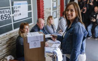 """Senadores del kirchnerismo dicen que Vidal busca """"cubrir falencias de gestión"""" con desdoblamiento electoral"""
