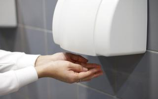 Los secadores de manos no matan la COVID-19.