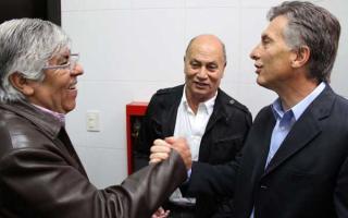 A poco más de 2 semanas para las elecciones, Macri volverá a compartir una foto con Moyano.