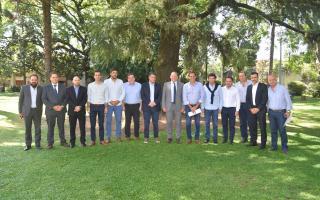 """Berni con intendentes de Juntos por el Cambio: """"Vamos a trabajar con todos"""""""